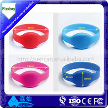 Factory price rfid chip dual Frequency Passive NFC/RFID Silicone Wrist Band / Bracelet
