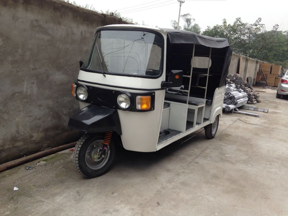 India Bajaj Tricycle Bajaj Tuk Tuk Gas Powered Tricycle For sale Bajaj Auto Rickshaw for Sale