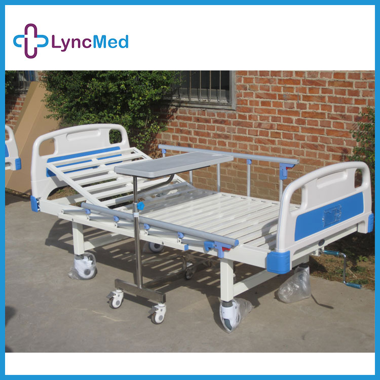 2017 new arrival single crank manual hospital bed for patient care