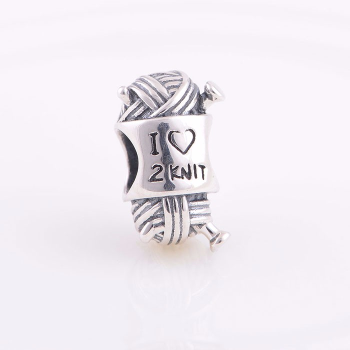 New Arrival Wool Knits Design Warm Love Engraved Silver Beads Valentine's Day Silver Love Beads