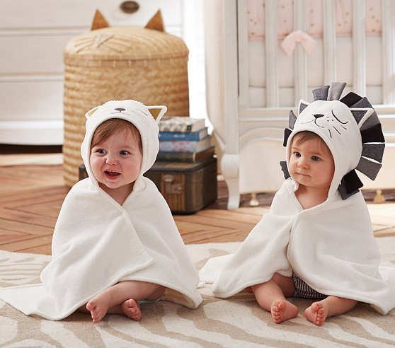white cartoon pattern baby shawl with good feeling baby boy blankets for baby bedding