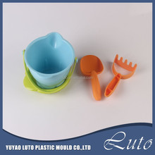 Kid sand play toys plastic beach buckets and spades beach game toy