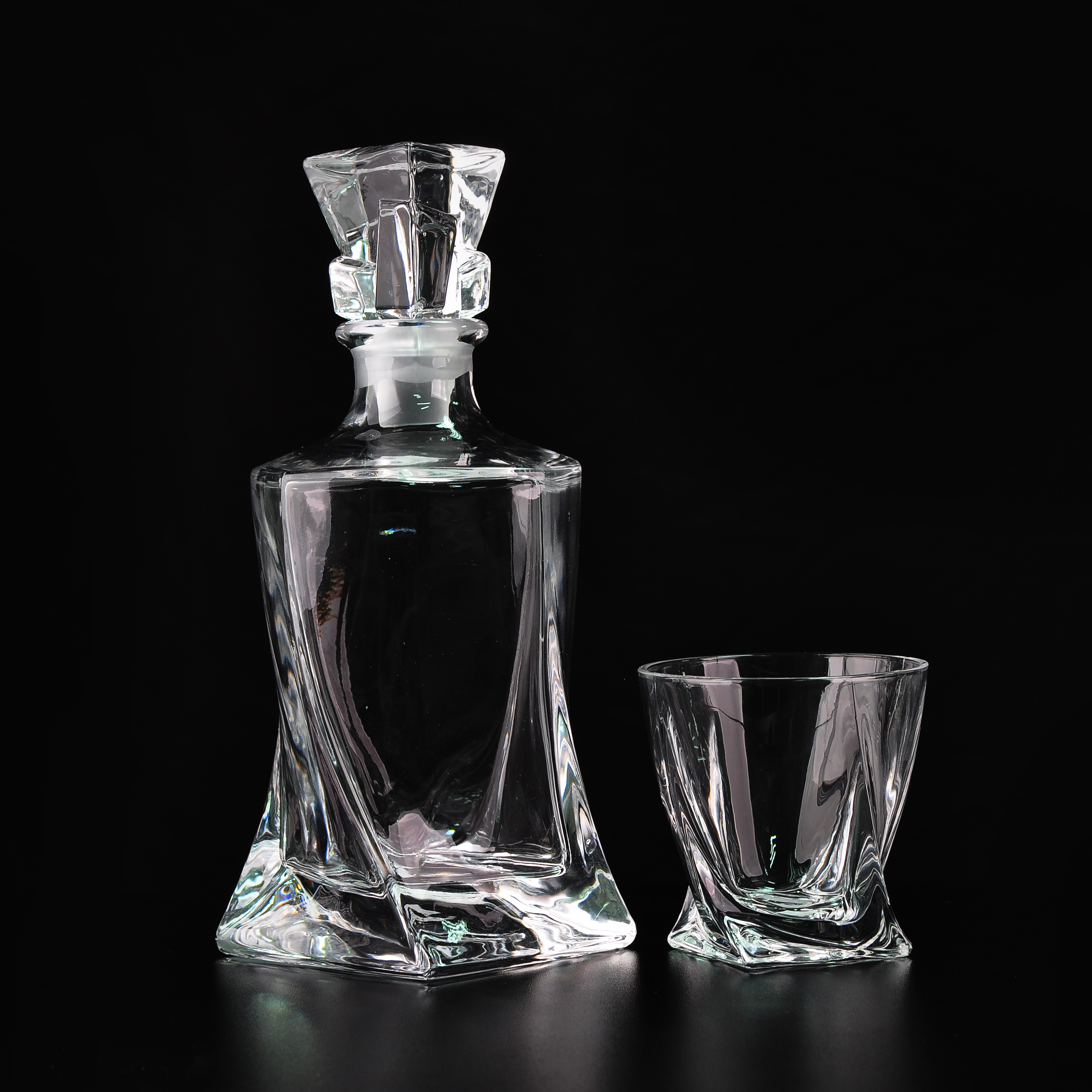 Elegant 300ml Crystal Whiskey Glass