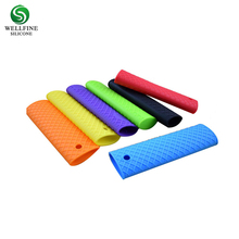 Softness durable pot silicone rubber handle cover