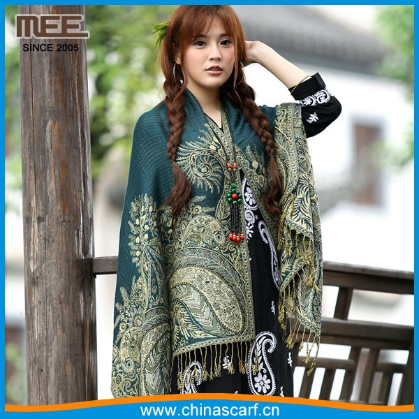 Wholesale women's knitted Christmas green pashmina scarves