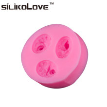 Factory Direct Supply 3 Cavity Oval Rose Debossed Unique Silicone Chocolate Chip Molds For DIY