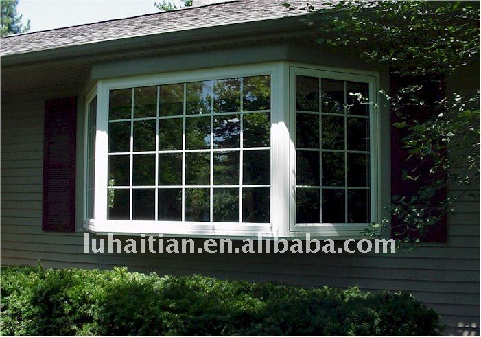 Outdoor house ventanas, balcones con rejillas de decoracion de paredes