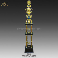 Unique Big Size Metal Champions Design Sports Trophy Cup