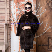 B15BB002 Women Winter Luxurious Whole-hide Fox Fur Coat with 3/4 Sleeves
