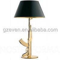 Fashion Decoration Resin Material Plated Gold Pistol Lamp Classic Table Lamp With Black Lampshade