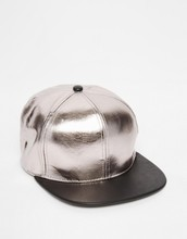 Professional custom mens blank leather snapback cap in silver and black bangladesh caps