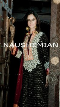 Long Shirt with Maroon dupatta and black paint