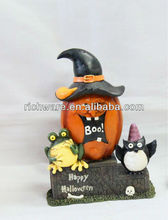 Resin halloween pumpkin witch design