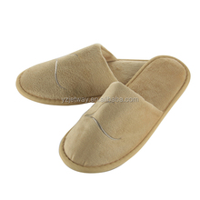 Factory OEM New Style Hot Sale Hotel Bedroom Slippers washable hotel slipper disposable