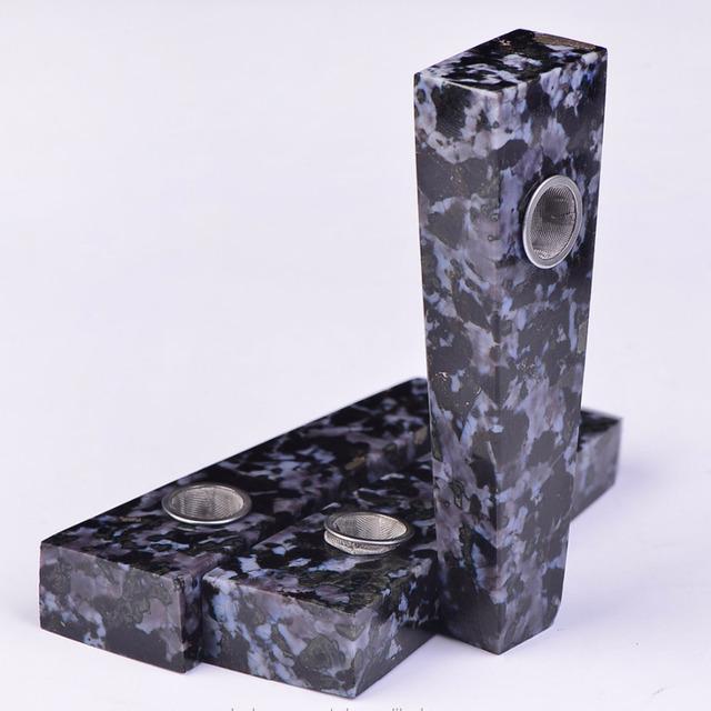 Wholesale Hot Sale Natural Stone Quartz Crystal plane head gabbro crystal Smoking Pipes
