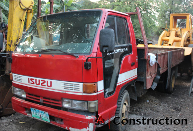 Elf Dump Truck Heavy Equipment for Rent