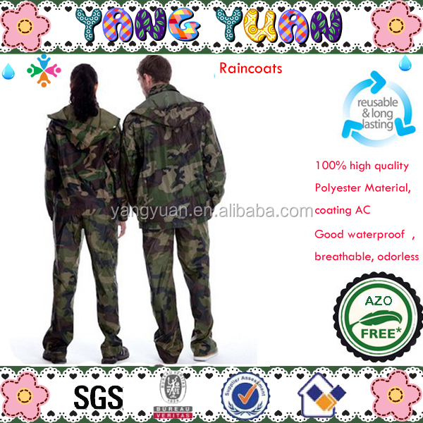 Camouflage rainsuits green