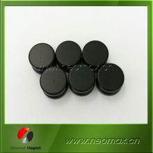 Rubber coated waterproof magnets