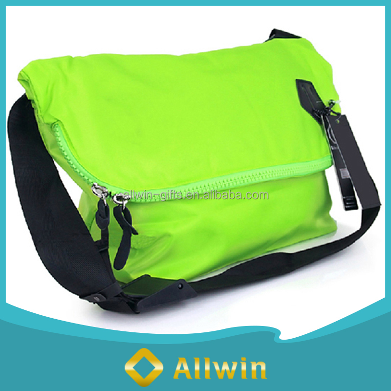 High Quality Green Color Polyester Messenger School Shoulder Bag