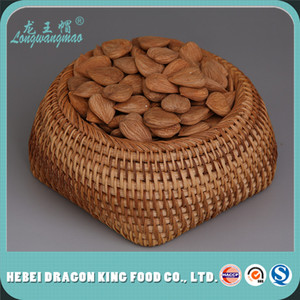 The best quality of Raw Apricot Kernels Nuts, delicious and healthy Raw Apricot seeds.