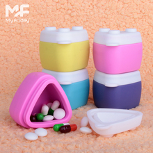 wholesale portable BPA free silicone travel pill bottle