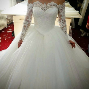 Fashion Vestido De Novia illusion off shoulder boat neck long sleeves lace bridal muslim wedding dress ball gown