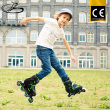 Cheap Fashion Street Style Kids Roller Skate ShoesWith Light Up PU Led Wheel