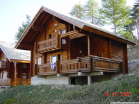 2015 Prefabricated house made of wood log home factory direct sales