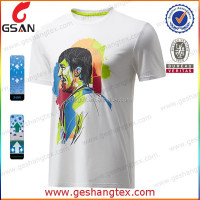 Loose stylish white t-shirt with face print