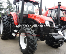 Price New Agriculture 130HP 4x4 Wheel Drive Farm Tractor Machines With Implement For Sale