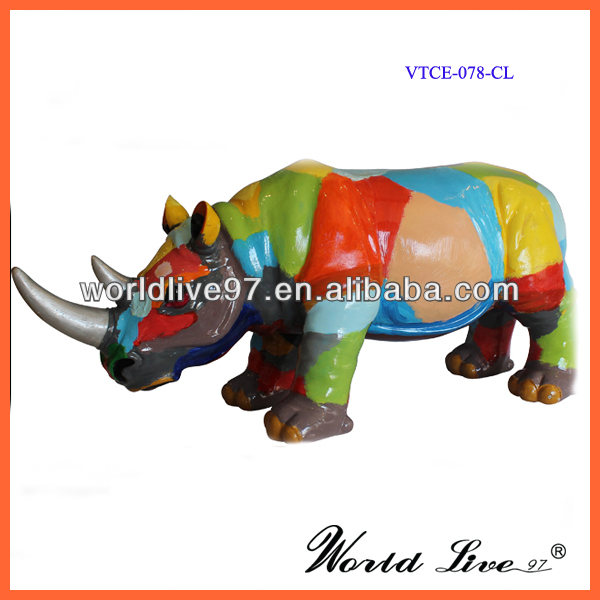VTCE-078 Promotional Colorful Resin Rhinoceros Outdoor Sculpture For Sales