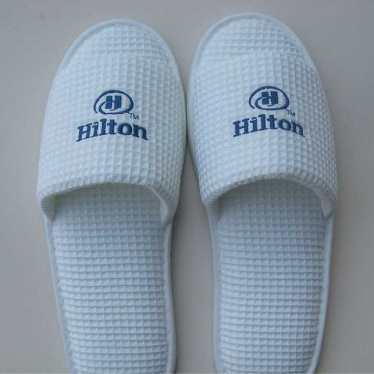 Customized high quality cheap white hotel waffle men spa slippers