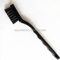 ESD Brushes made of special conductive plastics* elastic brush, without damage to the components.*resistance: 105-109