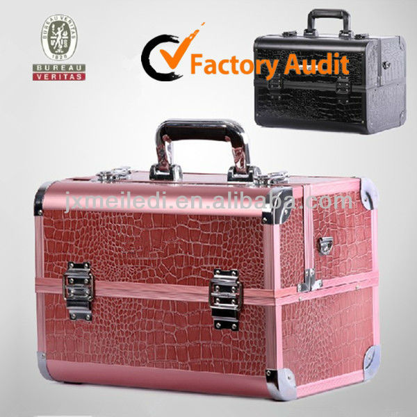 Alligator Skin Leather Aluminum Makeup Case MLD-AC1435
