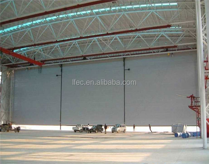 Waterproof space frame steel hangar for plane