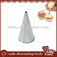 Metal kitchen tool cake tips