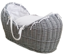 Pod Wicker Moses basket in Grey