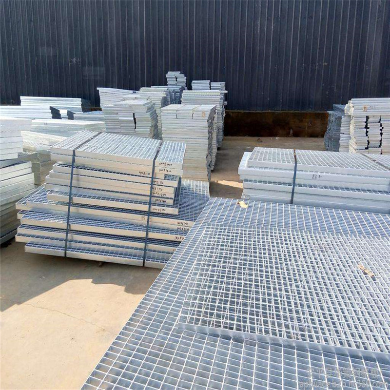 Selling good quality galvanized expanded metal grating