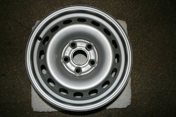 VW Caddy OEM Wheels