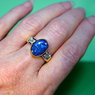 gro es festes schwarzer opal festes gold 18k u diamant ring ring produkt id 12157309 german. Black Bedroom Furniture Sets. Home Design Ideas
