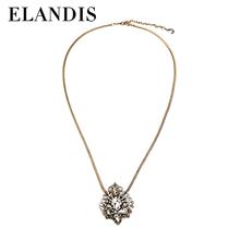 Follow The Vogue Trend Jewelry Accessories Necklace Alloy Rhinestone Necklace NL09656