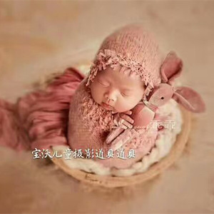 Knitted Baby Girl Ruffle Hat and Wrap Set Newborn Swaddle Blanket Baby Outfit Knitted Bonnet Newborn Baby Hats Props