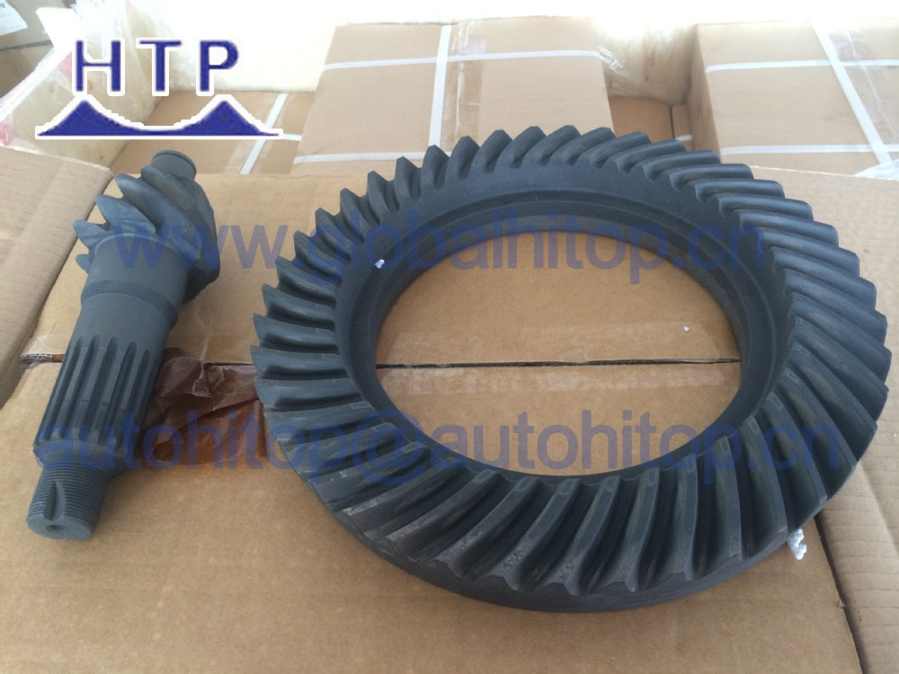 Engine Crown Wheel and Pinion Gear 4BC2 7-43 for Isuzu
