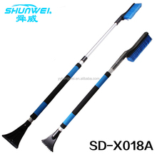 long size telescopic soft handle aluminum telescopic snow brush with ice scraper