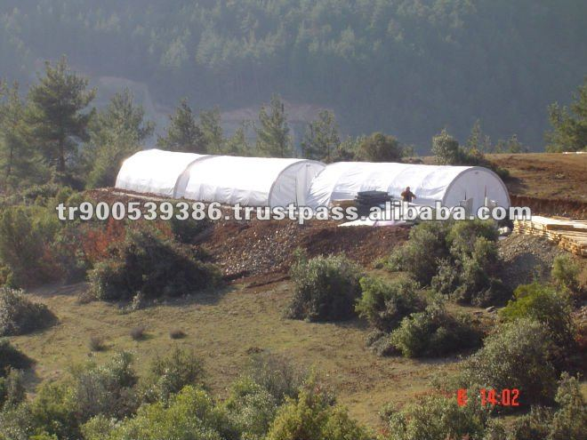 Insulated tent , dormitory tent
