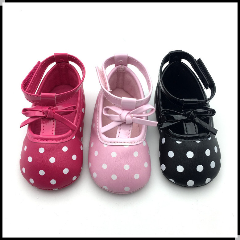 Chinese wholesale fashion patent PU ankle mary jane baby christening shoes