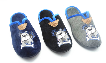 High quality cheap price pu leather soft indoor slippers
