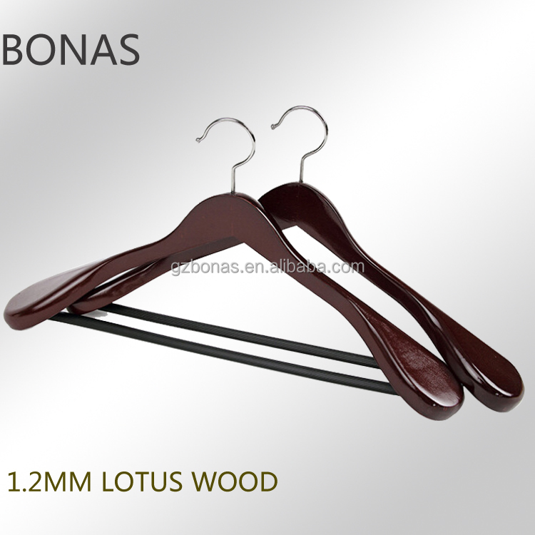 Lotus mahogany color wooden suit hanger with chrome plated hook round bar with anti-slip tube bar