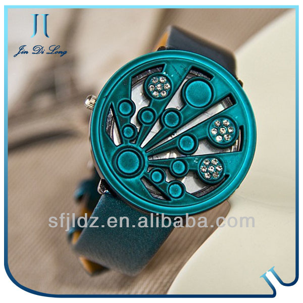Hot selling waterproof magnetic fashion lady watch wrist tv watch mobile