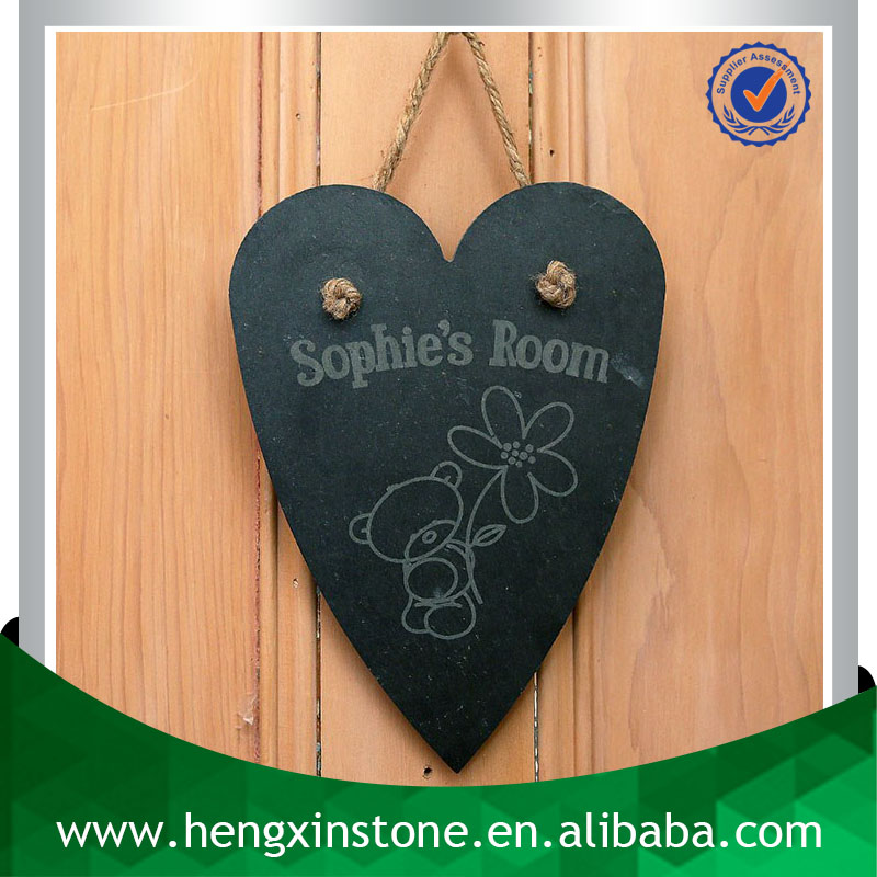 Handmade Heart Shape 28*20*0.5cm Christmas Decorative Natural Stone Slate Art Crafts Wall Hanging (Customized Laser Design)